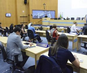 Pauta da oitava sessão no ano tem sete projetos para votação