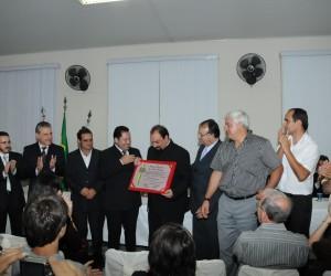 Padre Paulo Renato recebe títtulo de Cidadão Joseense