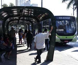 Projeto pretende tornar obrigatória câmera de vigilância em ônibus
