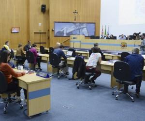 Dezesseis processos são aprovados na sessão desta terça (28)