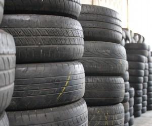 Projeto de lei prevê coleta de pneus usados em pontos comerciais