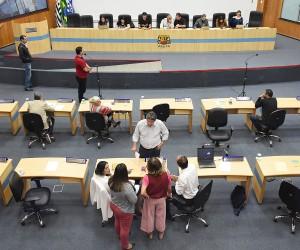Câmara aprova projetos de lei que facilitam acesso à saúde
