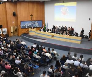 Câmara concede medalha de mérito educacional a professores de São José