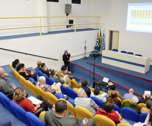 Em reunião na Câmara, Comus discute números da Saúde de São José em 2016