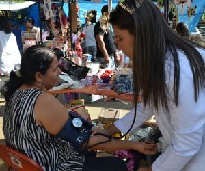 Projeto cria Espaço Saúde em feiras livres e eventos públicos