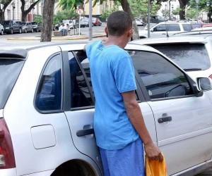 Coação de flanelinhas a motoristas pode gerar multa em São José