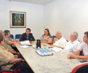 Comissão de Saúde se reúne com membros do Comus