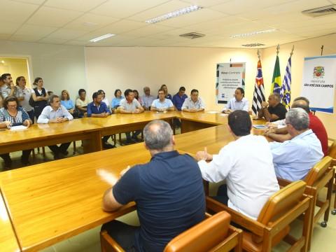 Comus discute plano municipal de controle e combate à dengue