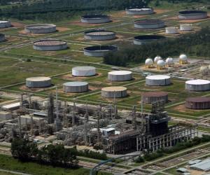 Vereadores solicitam informações à Revap e à Cetesb sobre incidentes ambientais na refinaria