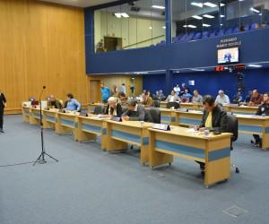 Vereadores se reúnem para sessão extraordinária nesta segunda-feira (10)