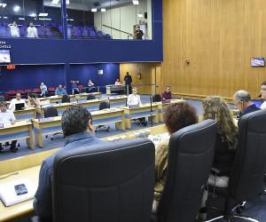 Cerca de 500 documentos são analisados e votados na 75ª sessão do ano