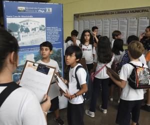 Programa Visite a Câmara recebe agendamento de escolas
