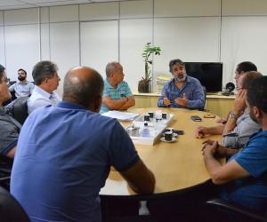 Vereadores entregam à prefeitura sugestões da população à lei de zoneamento