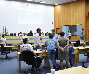 Plenário analisa e vota mais de 500 documentos na 77ª sessão do ano