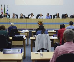 Sessão desta terça (14) tem 355 documentos para apreciação dos vereadores