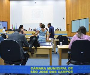 Sessão desta terça (23) tem 27 documentos na pauta para votação