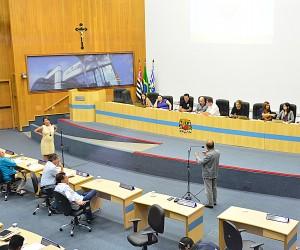 Vereadores aprovam projeto de reforma administrativa da prefeitura