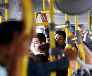 Projeto obriga instalação de ar condicionado em ônibus