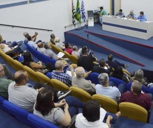 População apresenta sugestões de melhorias para a cidade em audiência na Câmara