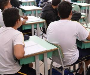 Vereador propõe prevenção à obesidade infantil em escola e UBS