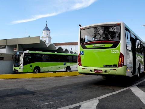 Projeto prevê transporte público gratuito permanente para pessoas com deficiência irreversível