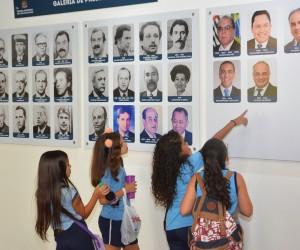 Câmara recebe a visita de 220 estudantes no mês de março