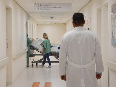 Projeto de lei estabelece prazo para a realização de exames e procedimentos médicos no SUS
