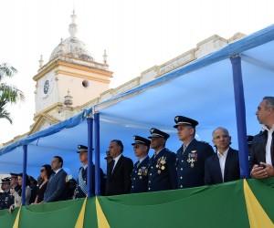 Parlamentares acompanham cerimônia cívica pelo Dia da Independência