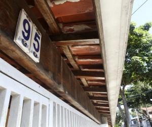 Vereador propõe regras para padronizar número na fachada de casas e comércios