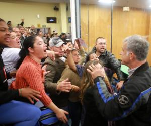 Vereadores votam denúncia contra prefeito na sessão desta quinta-feira (23)