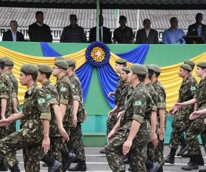 Vereadores prestigiam cerimônia do Dia do Soldado no Tiro de Guerra