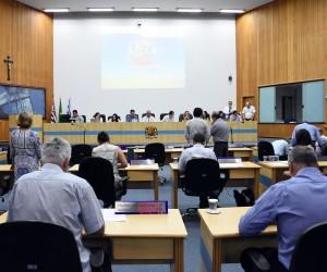 Sessão desta terça (03) tem 287 documentos na pauta