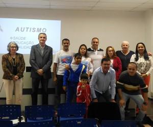 Frente Parlamentar discute propostas para melhorar atendimento a autistas