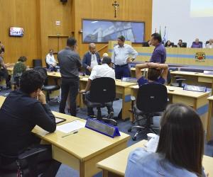 Câmara aprova cadastro para autismo e proibição de ambulantes ao redor da feira da Barganha