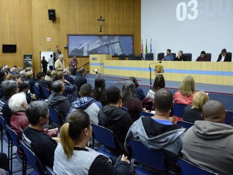 Mais de 40 moradores falam em audiência pública sobre zoneamento na Câmara