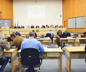 Vereadores apreciam 257 documentos na sessão desta terça-feira (20)